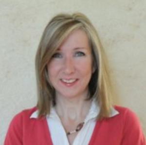 Julie Schoen
